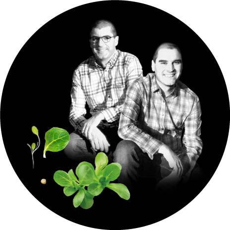 Portrait noir et blanc de Louis et Bertrand, producteurs de mâche au Potager de Jade